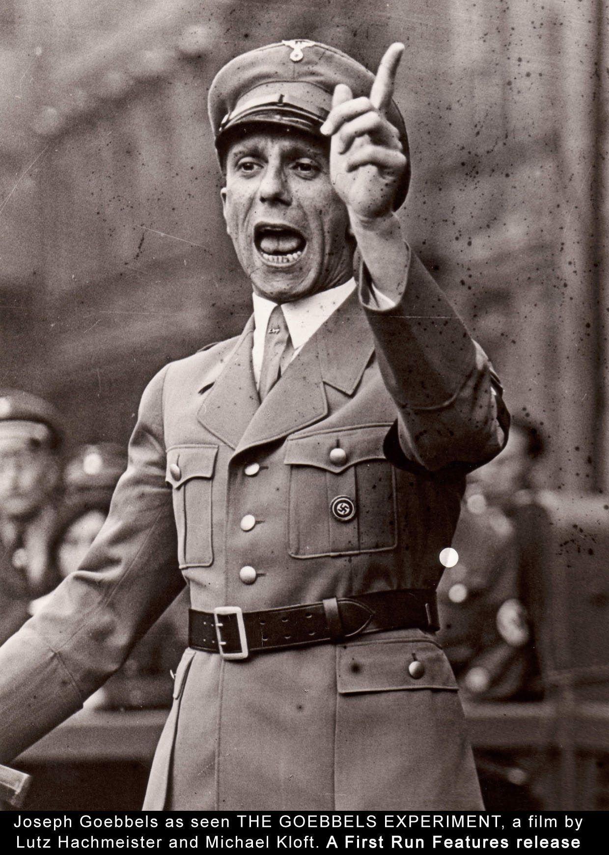 http://notasjudiciosas.files.wordpress.com/2010/01/goebbels12.jpg